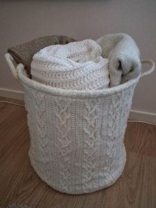 Panier-rangement-couvertures-plaids