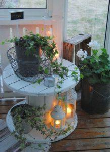 Amenager-sa-terrasse-lumiere-photophore-lanterne