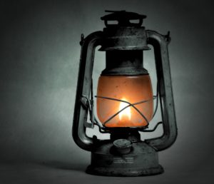 Lampe-tempete-petrole