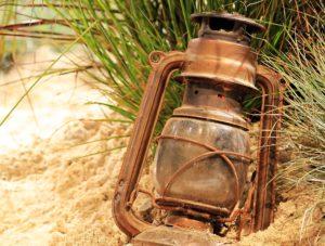 Lampe-tempete-petrole-vintage