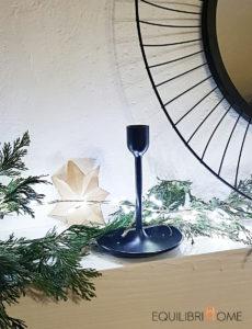 Deco-petits-espaces-branche-sapin-guirlande-lumineuse