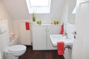 Vendre-son-logement-home-staging-salle-de-bain-accueillante